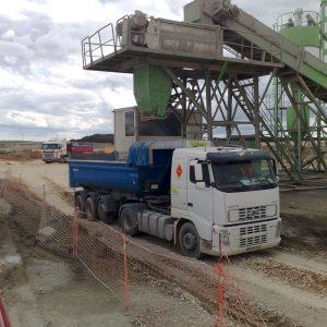 maquinaria transporte tierras