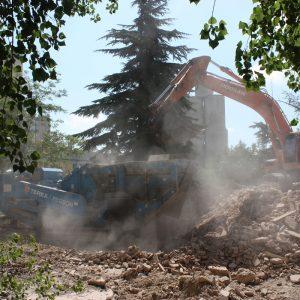 Molienda y cribado demolición