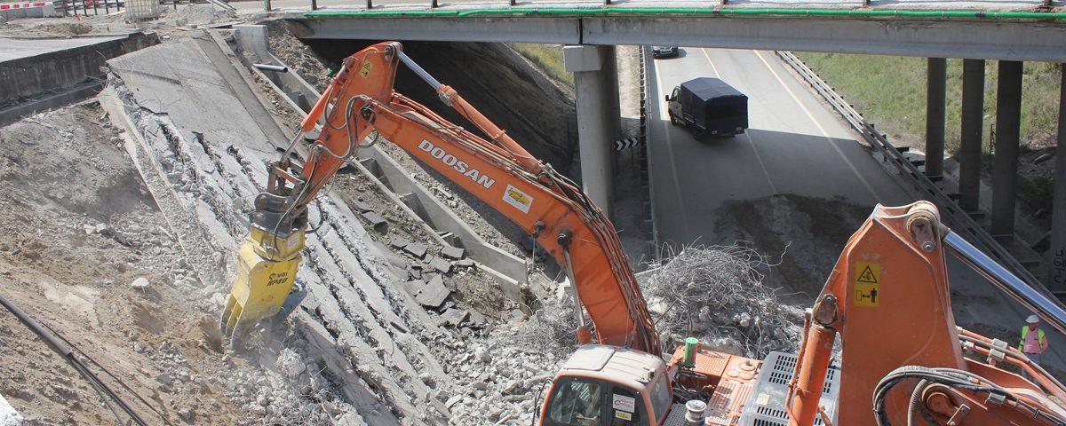 Demolición Puente AP-6 121